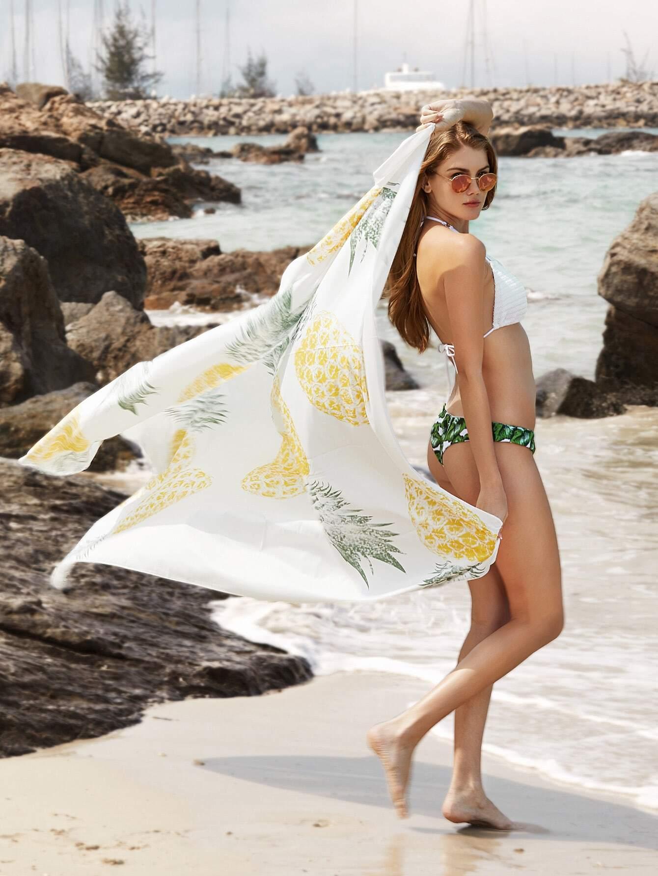 Фото Pineapple Print Beach Blanket. Купить с доставкой