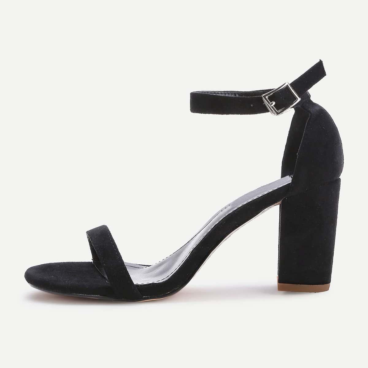 Модные сандалии на каблуках от SHEIN