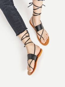 Criss Cross Toe Post Flat Sandals