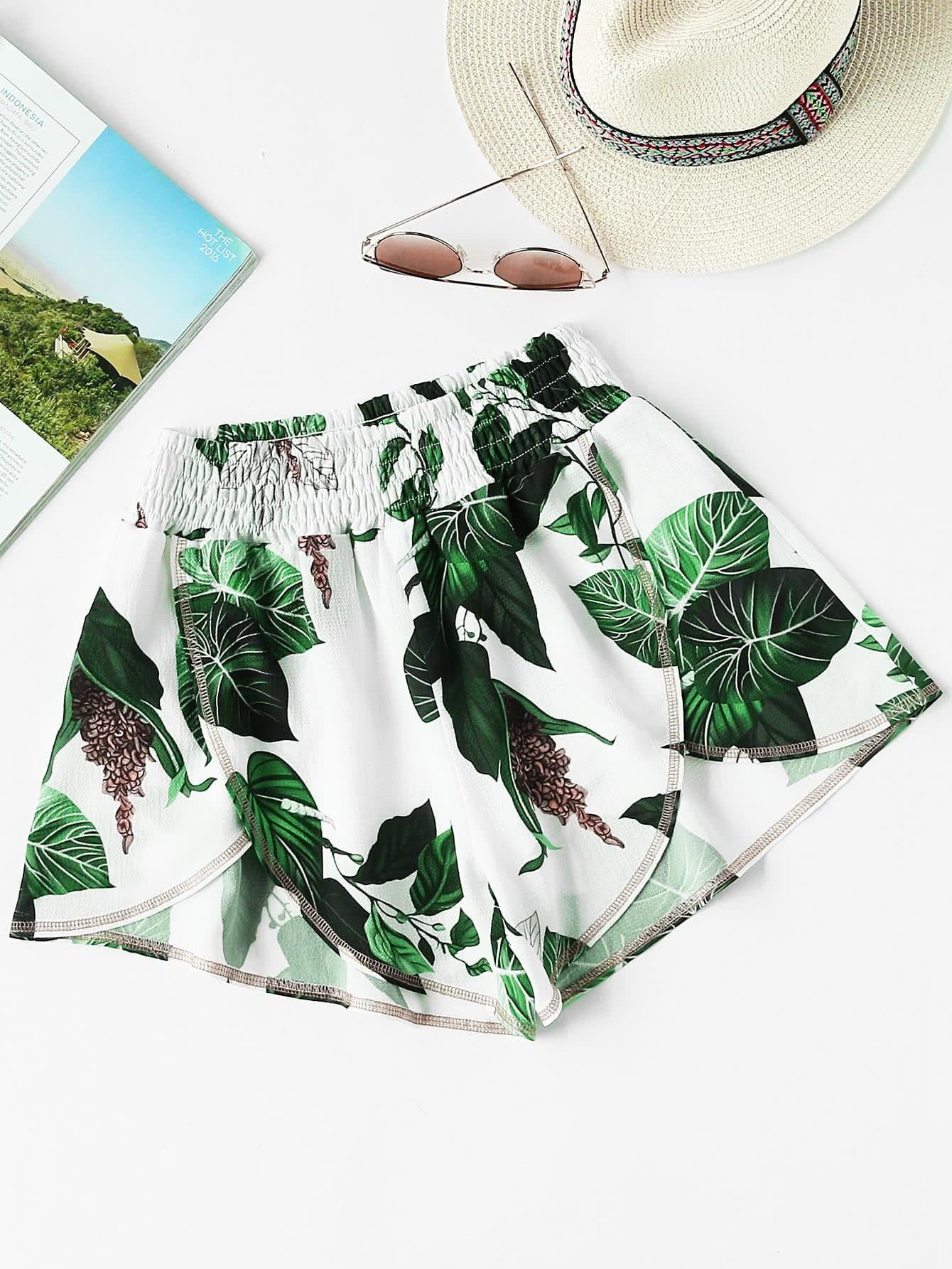 Фото Jungle Leaf Print Smocked Waist Overlap Shorts. Купить с доставкой