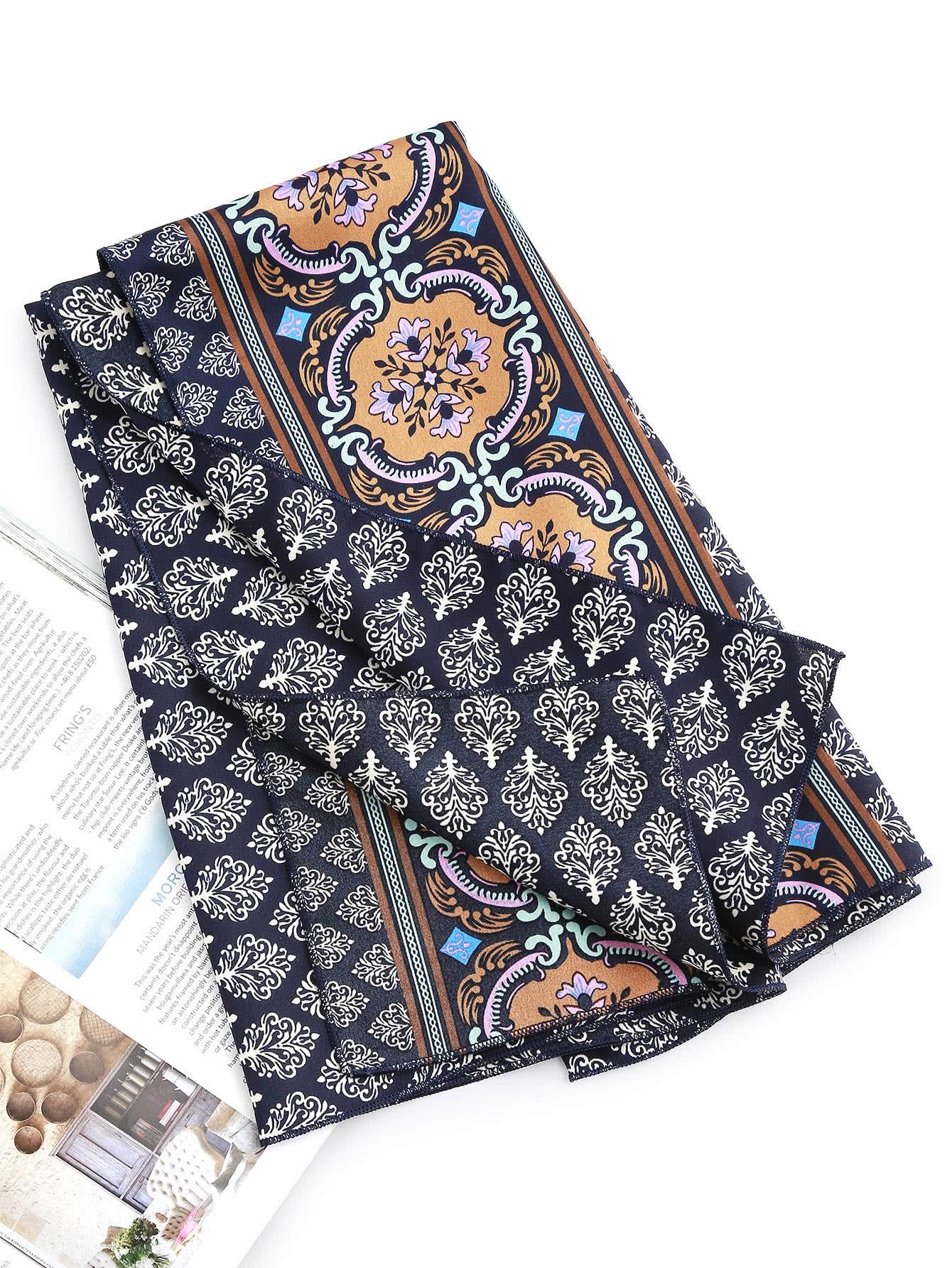 Фото Leaf Print Satin Bandana. Купить с доставкой