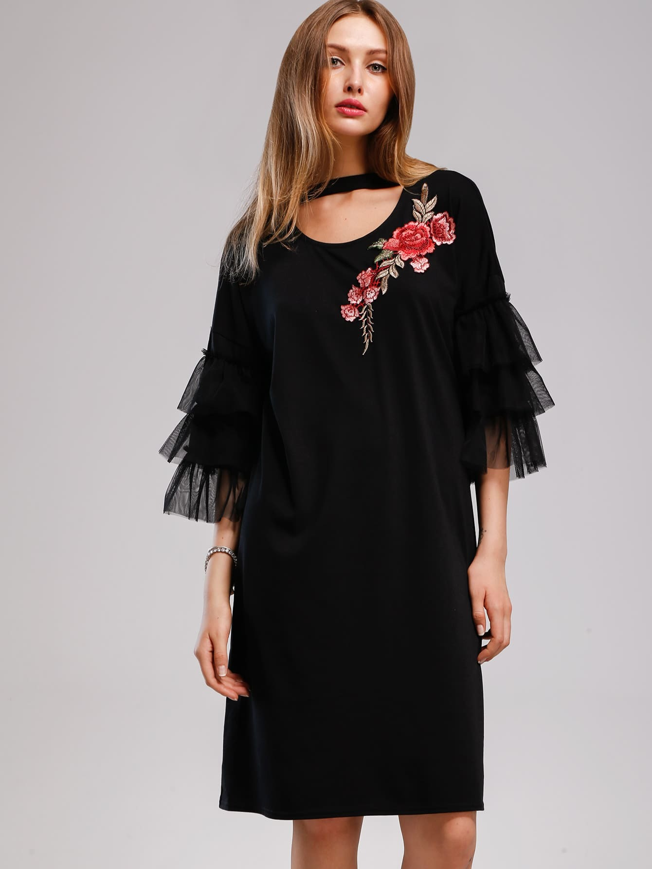 Фото Appliques Contrast Tiered Mesh Cuff Choker Dress. Купить с доставкой
