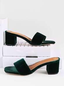 Sandales à talons en velours