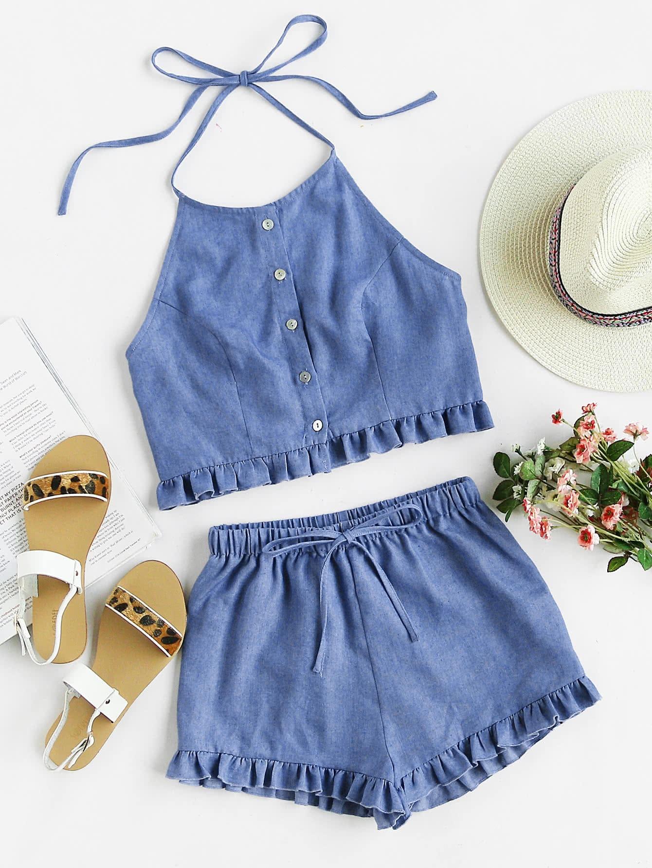 Фото Buttoned Front Princess Seam Halter Top And Shorts Set. Купить с доставкой