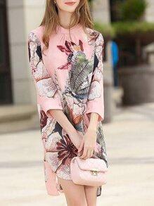 Vestito asimmetrico con spacco e stampa di fiore