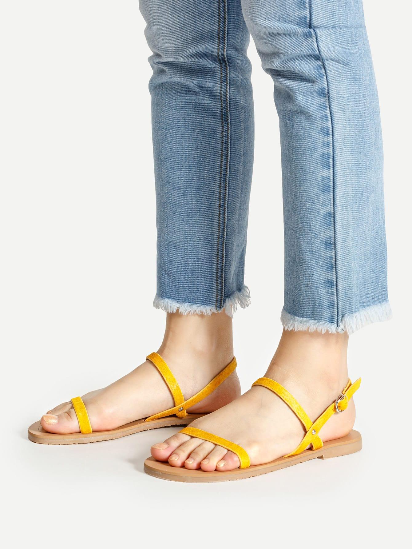 Фото Simple Strappy Flat Sandals. Купить с доставкой