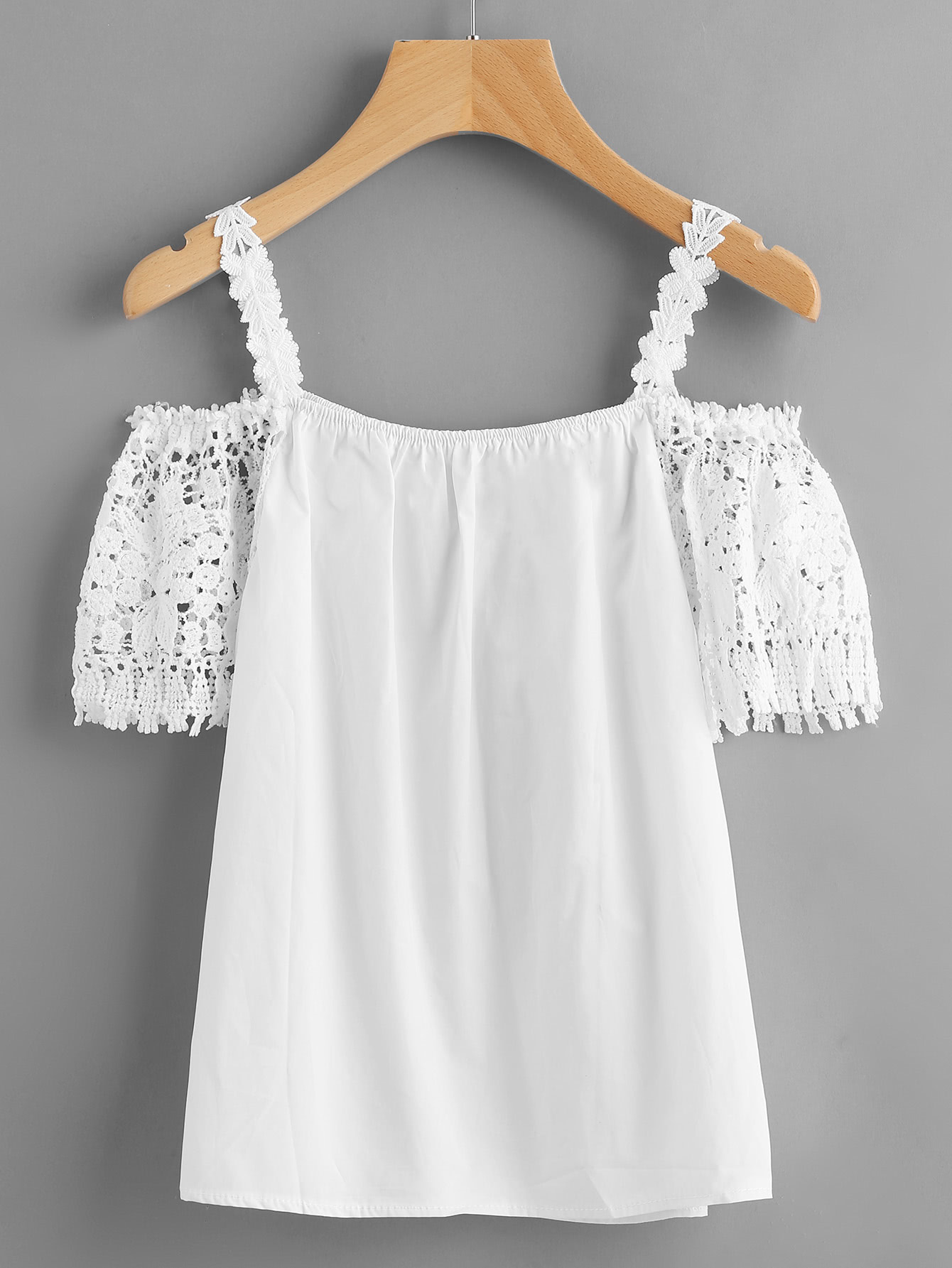 Фото Crochet Lace Insert Cold Shoulder Top. Купить с доставкой