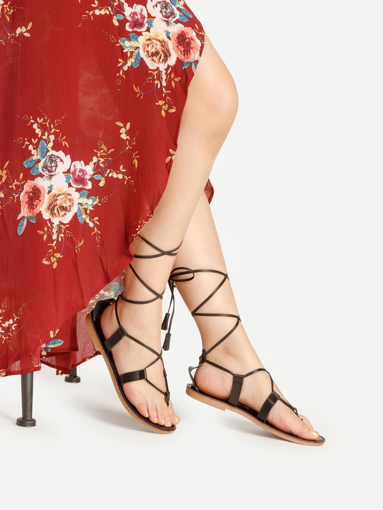 Фото Criss Cross Lace Up Flat Sandals. Купить с доставкой