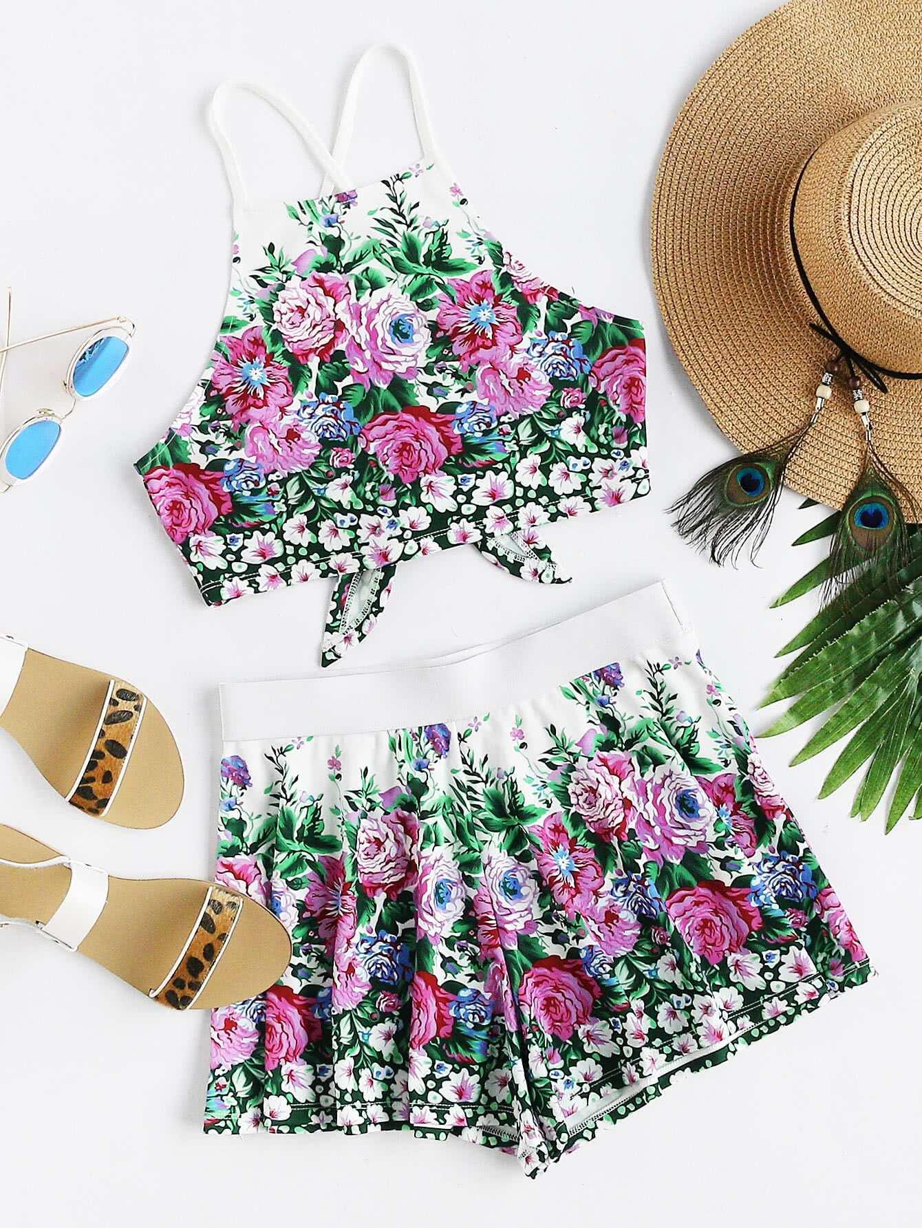 Фото Crisscross Tie Back Floral Cami And Shorts Co-Ord. Купить с доставкой