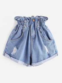 Shorts lacéré découpé en denim avec des plis