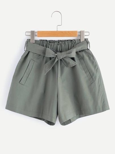 Shorts élastique ruché avec ceinture