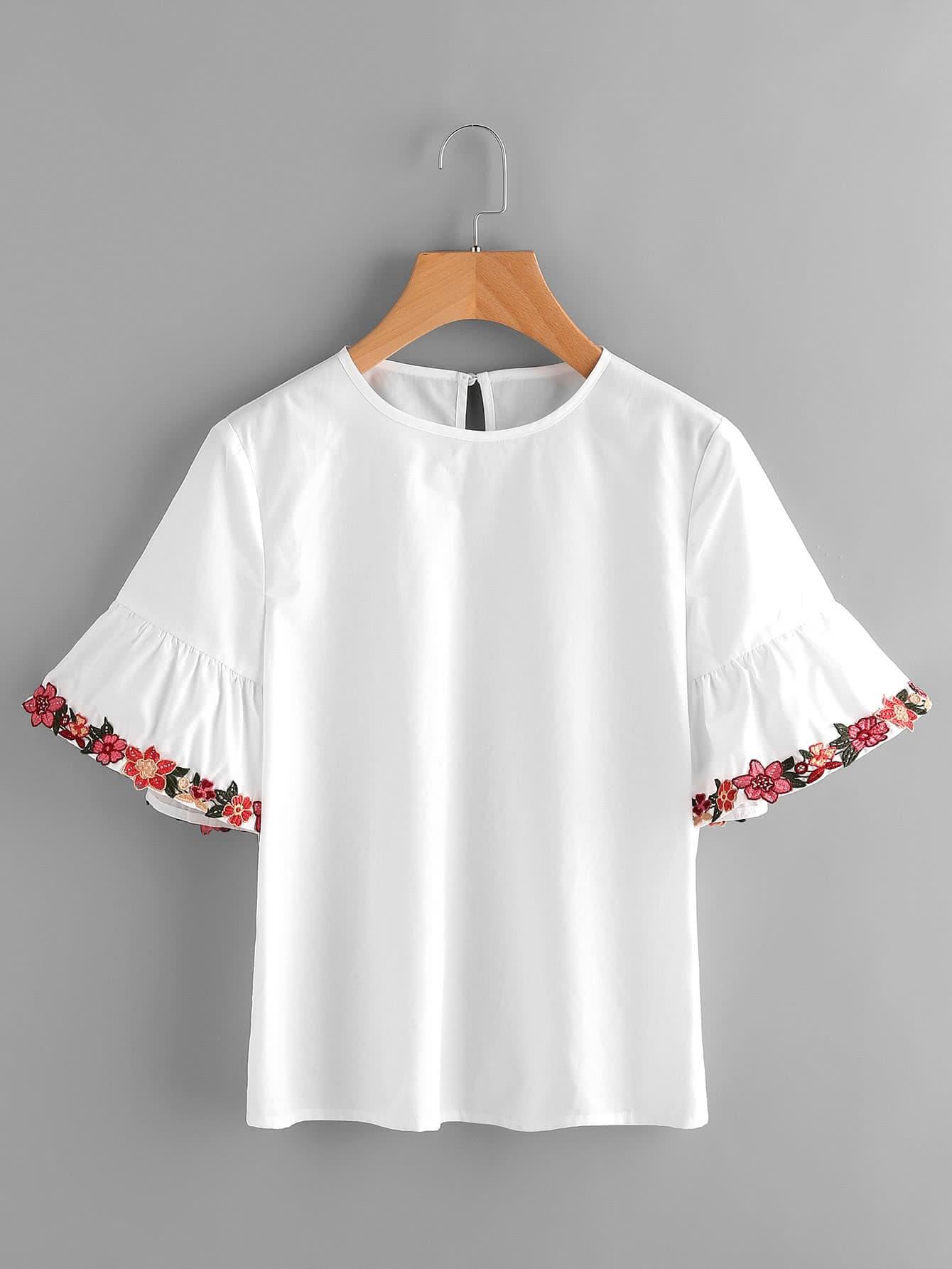 Фото Embroidered Flower Trim Trumpet Sleeve Top. Купить с доставкой