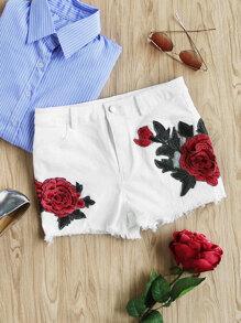 Shorts con aplicación de rosa