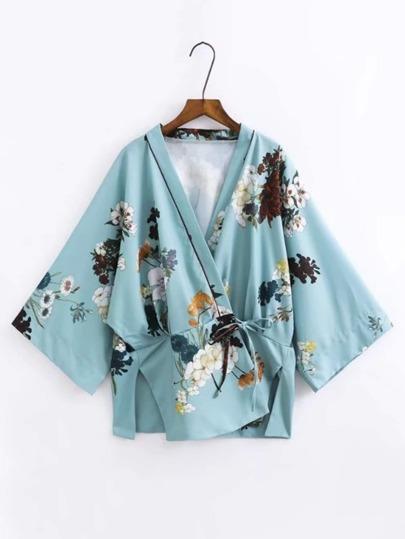 Kimono con estampado floral con abertura en la parte lateral