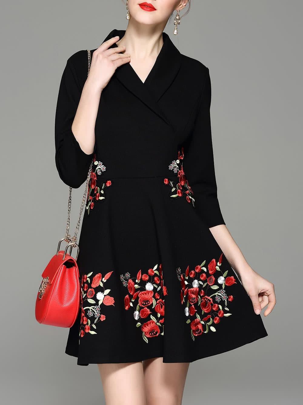 Фото V Neck Flowers Embroidered Dress. Купить с доставкой