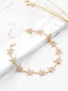 Collier strings décoré d'étoiles
