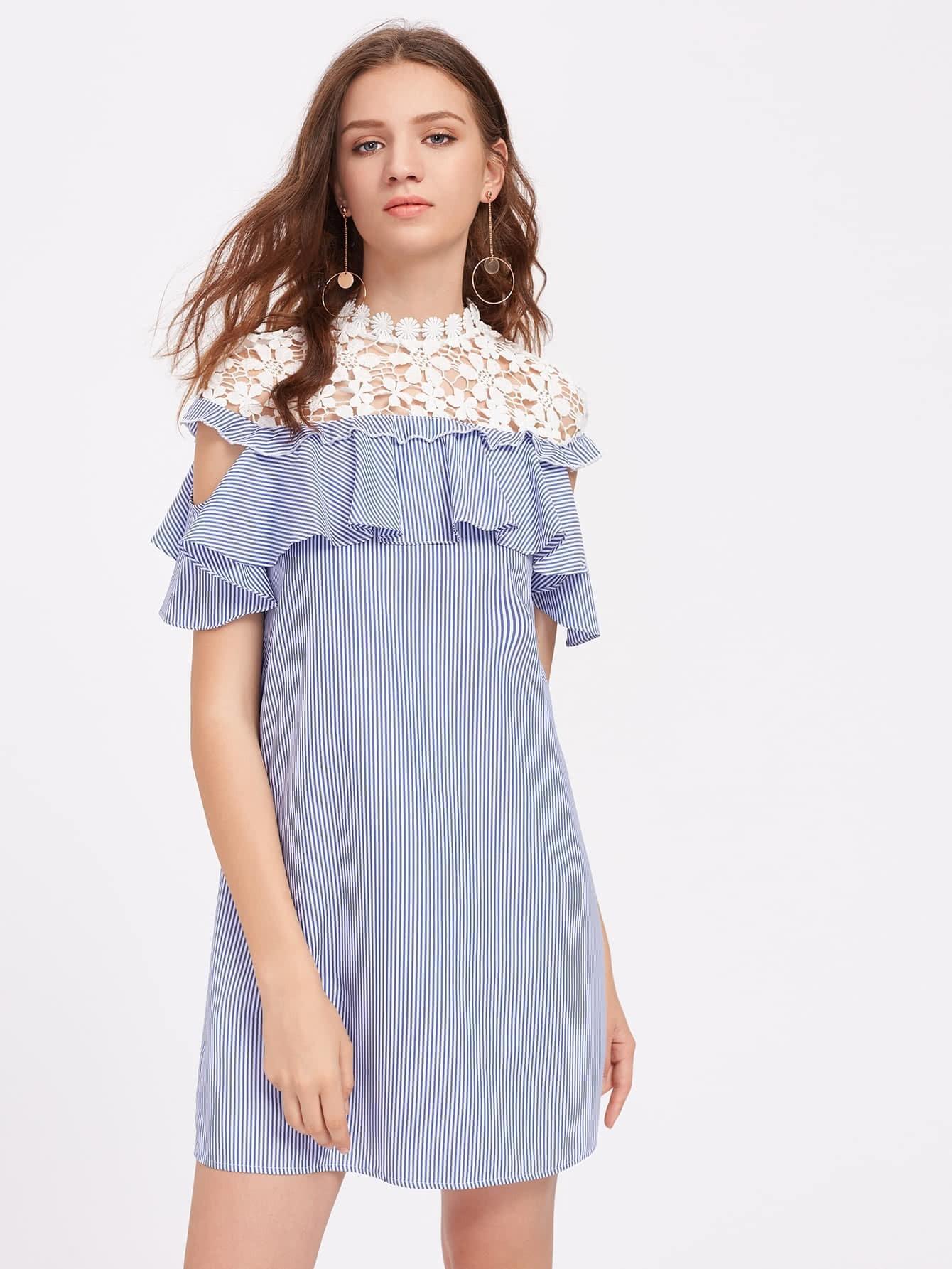Фото Floral Crochet Shoulder Open Shoulder Flounce Dress. Купить с доставкой