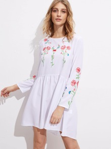 Buttoned Keyhole Back Botanical Embroidered Smock Dress