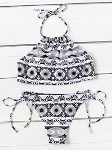 Sets de bikini de espalda abierta con cordón lateral con estampado tribal