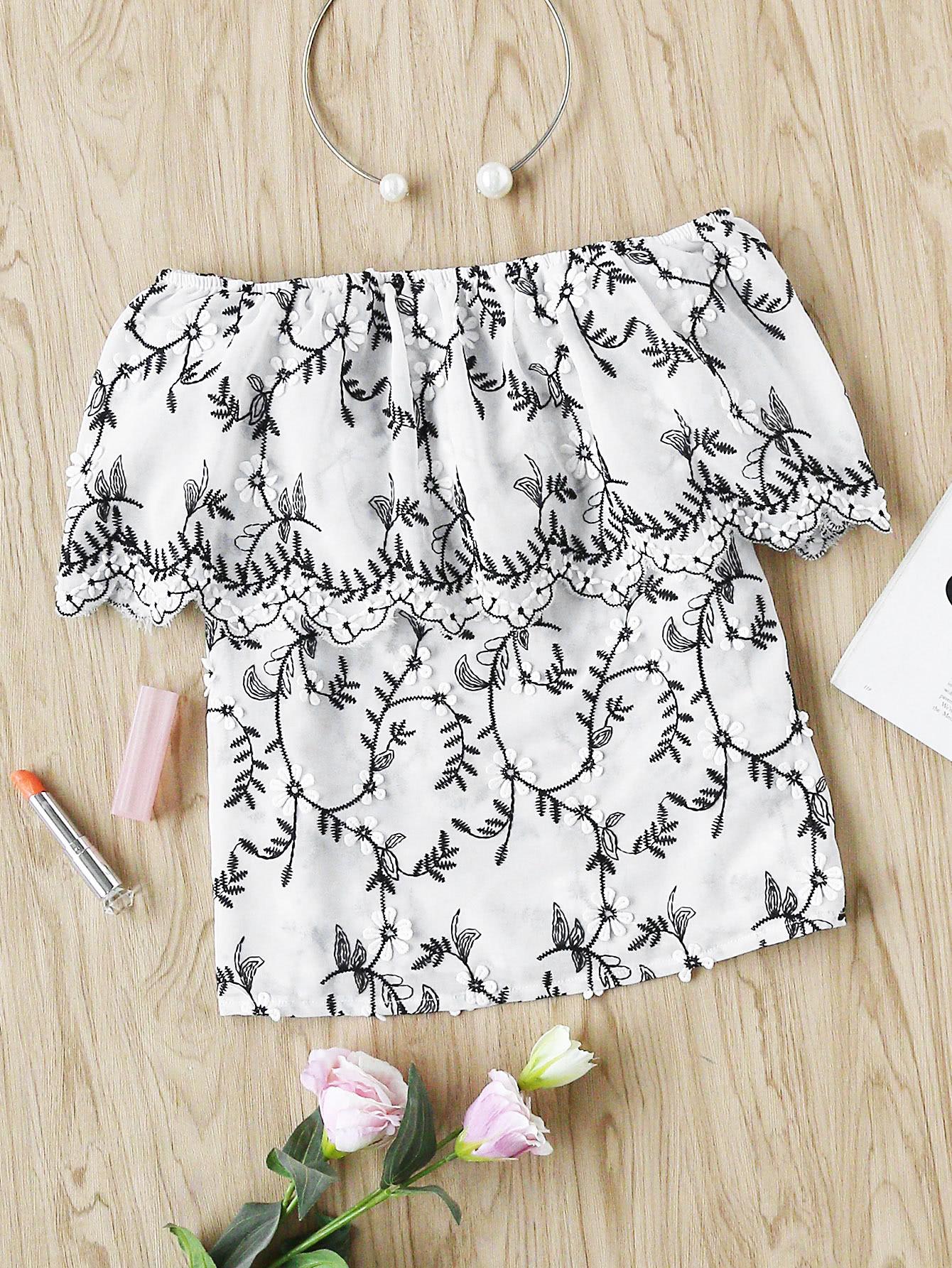 Фото Flower Applique Embroidered Ruffle Bardot Top. Купить с доставкой