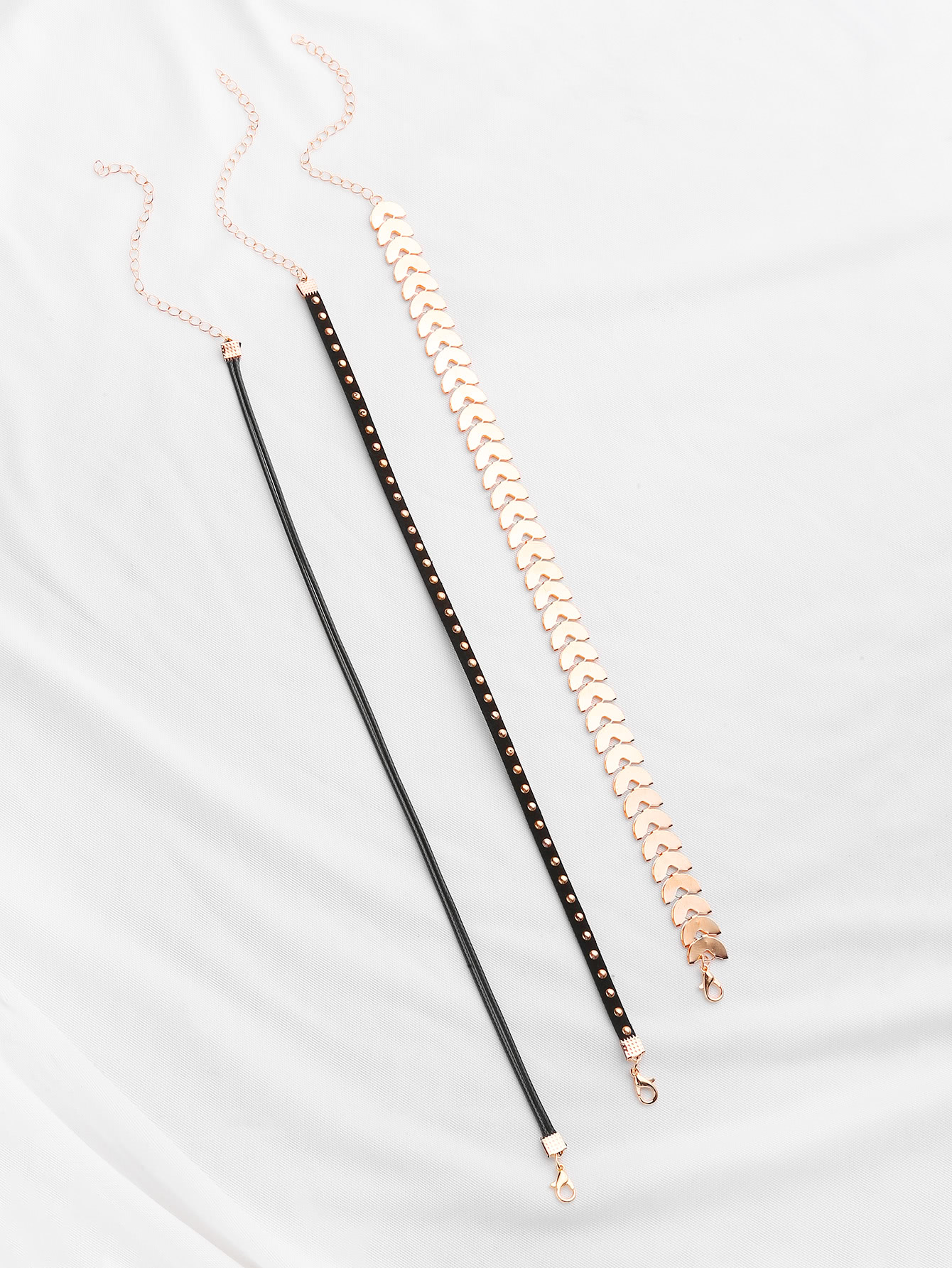 Geometric Chain And Beaded Velvet Choker Set