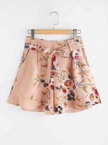 Shorts con estampado con cordón