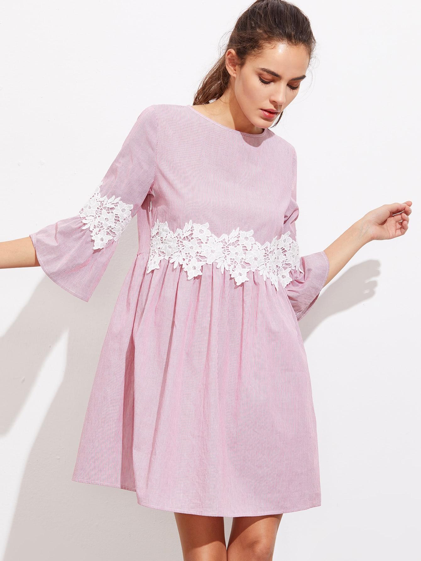 Фото Floral Lace Applique Fluted Sleeve Striped Smock Dress. Купить с доставкой