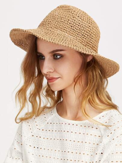 Sombrero playero de paja