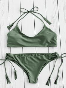 Ensemble de bikini ras de cou avec des franges et lacet