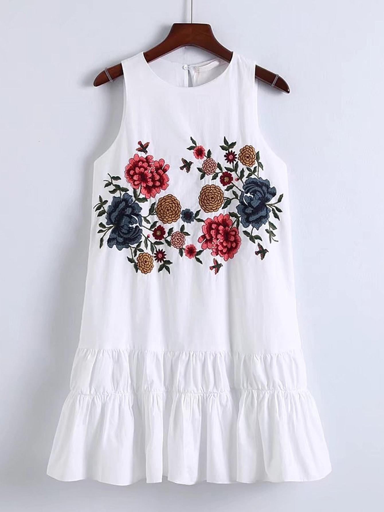 Фото Flower Embroidery Keyhole Back Tiered Dress. Купить с доставкой