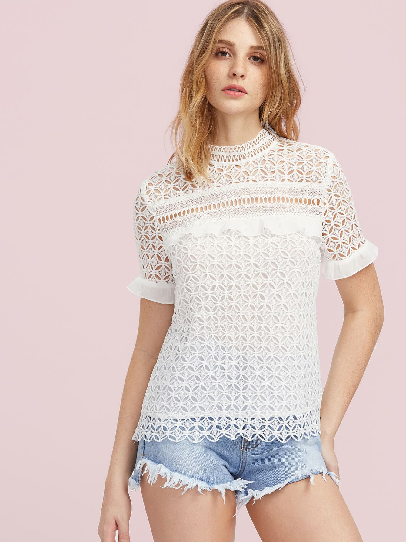 Фото Ruffle Cuff Hollow Out Geo Lace Top. Купить с доставкой