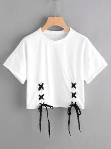 Tee-shirt à lacets avec deux trous