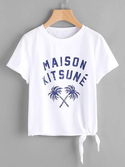 Camiseta con estampado con cordón en la parte lateral