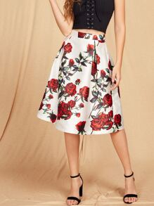 Falda con estampado de rosa