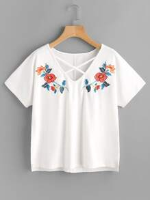 Tee-shirt croisé brodé symétrique
