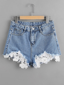 Shorts bicolore élimé en crochet en denim