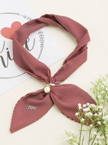 Pañuelo con adorno de perla de imitación de rayas