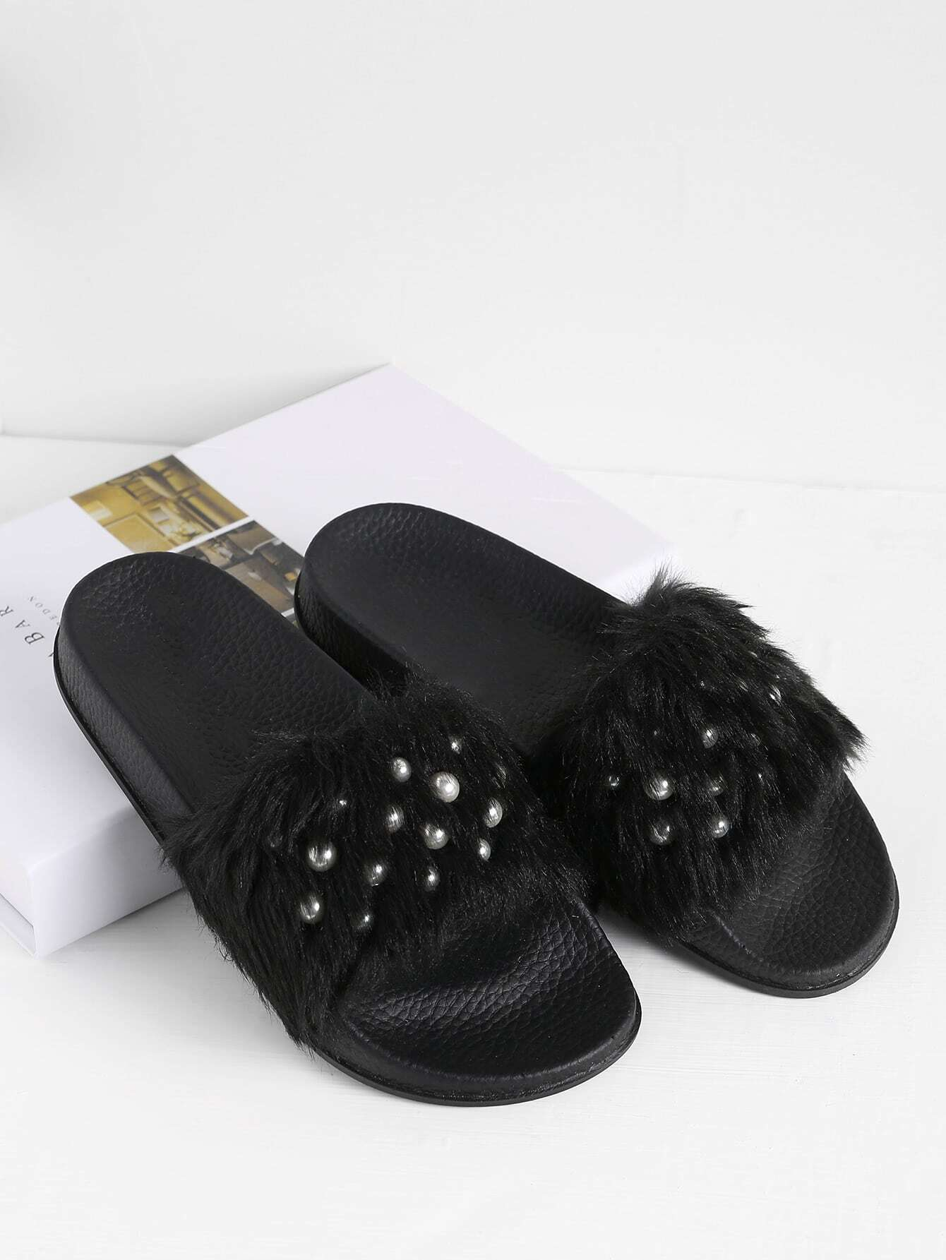 Faux Fur Flat Slippers With Faux Pearl
