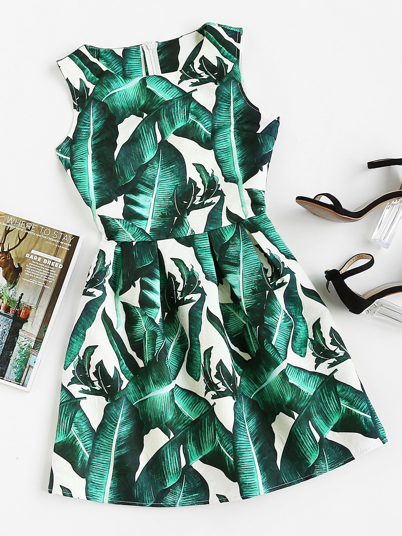 Фото Foliage Print Box Pleated Fit And Flare Dress. Купить с доставкой