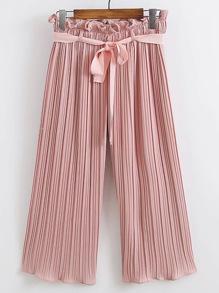 Pantalons jambe large avec une ceinture plissée