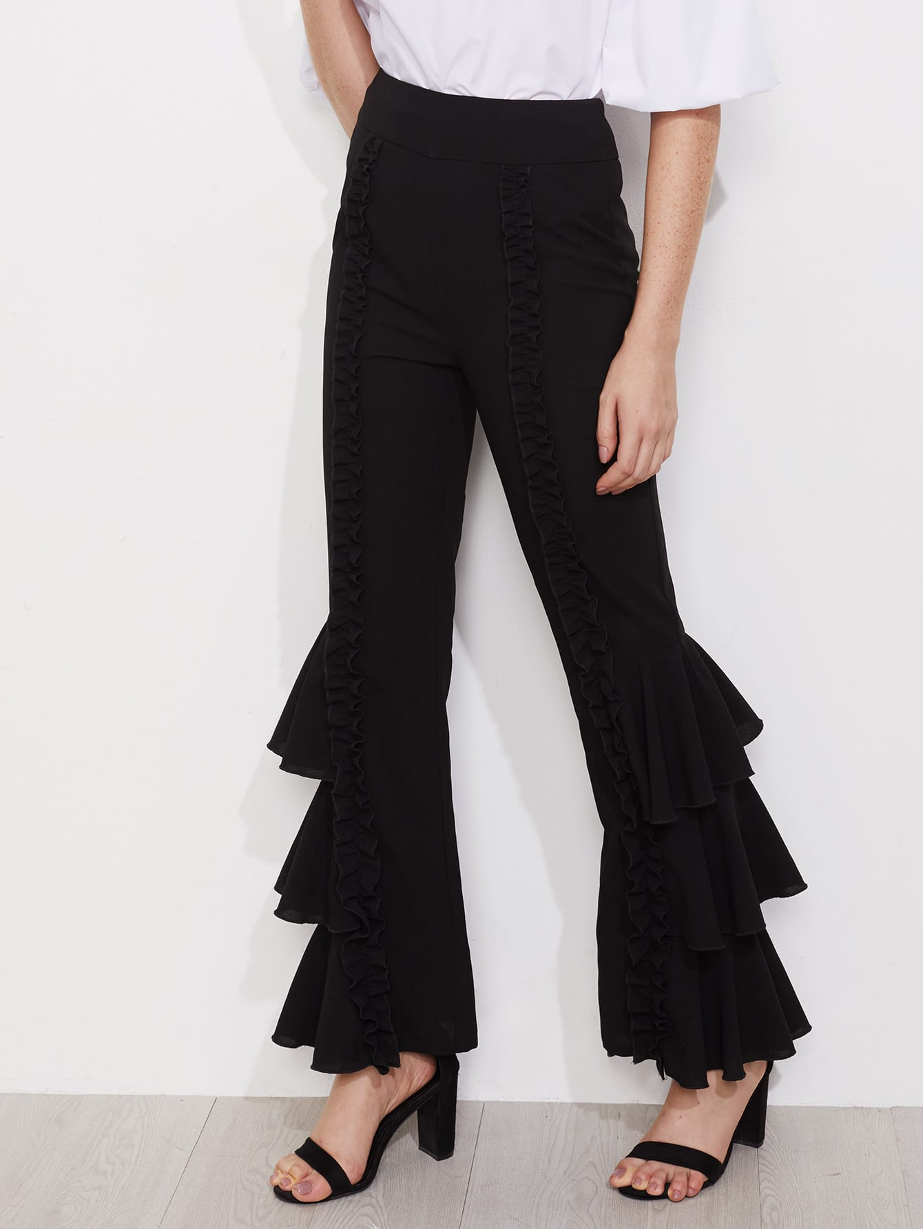 Фото Shirred Ruffle Detail Layered Leg Pants. Купить с доставкой