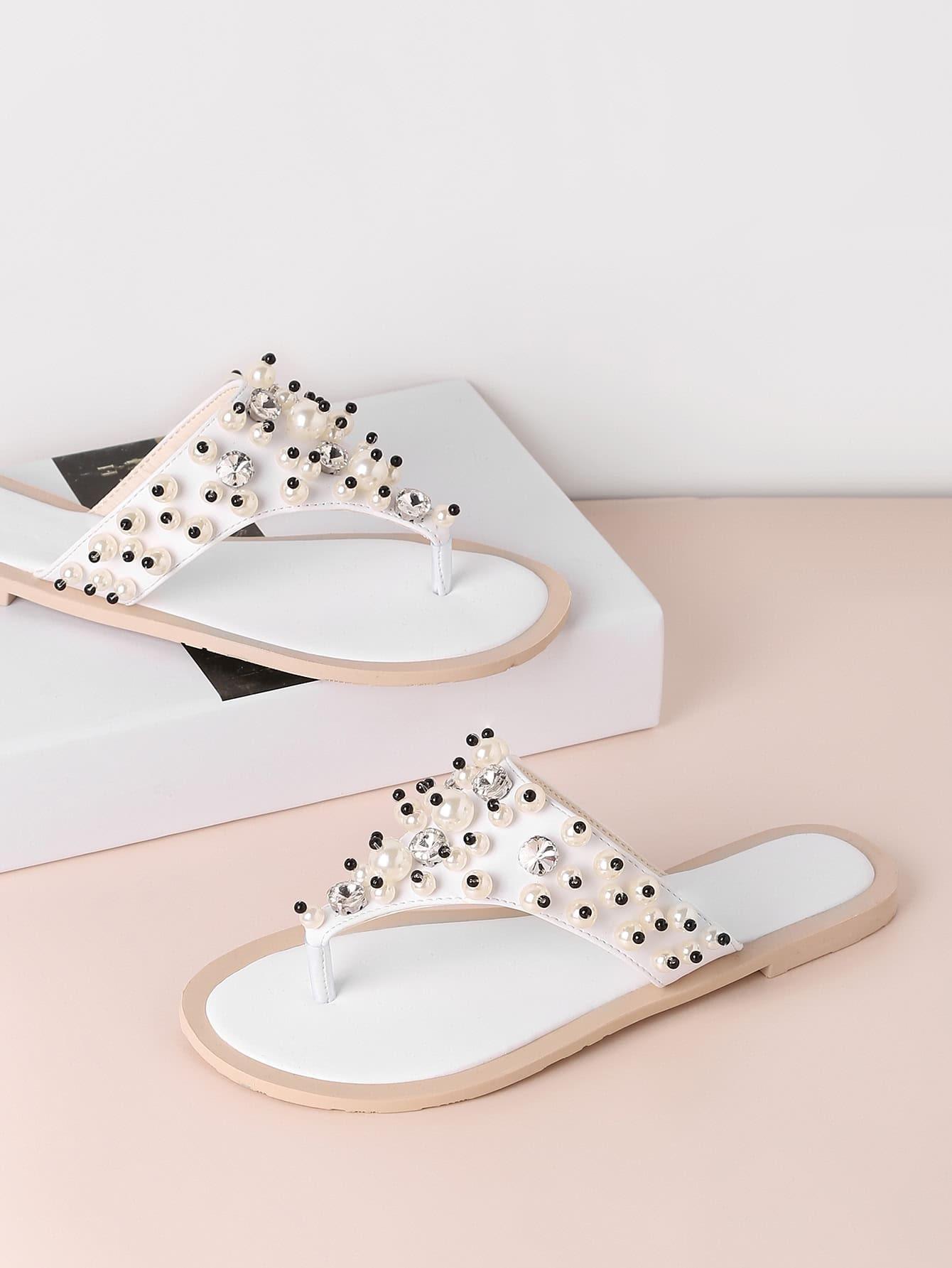 Фото Faux Pearl Decorated Toe Post Sandals. Купить с доставкой