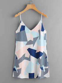 Vestido con cuello en V patchwork