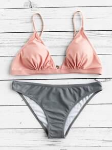 Set di bikini di triangolo