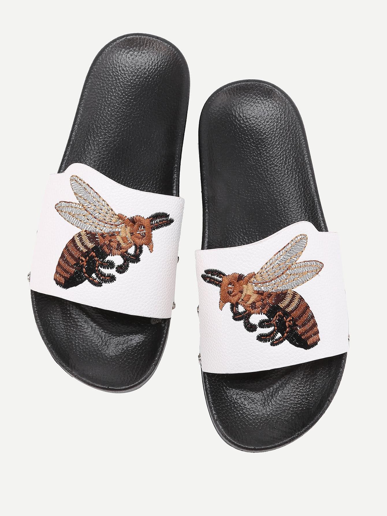 Фото Bee Embroidery PU Flat Sandals. Купить с доставкой