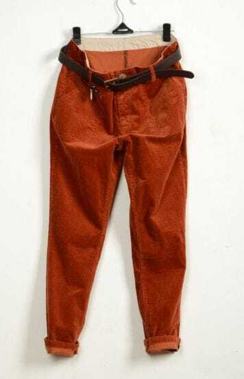 Casual corduroy pants with belt