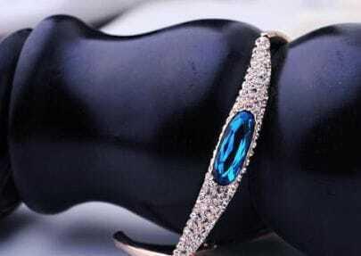 Blue Oval Swarovski Crystal Woman Bangle Bracelet