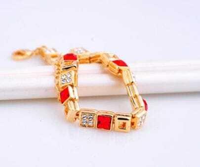 Red Cube Swarovski Crystal Semi-Precious Stones Woman Link Bracelets