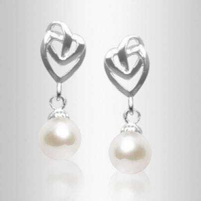 7.5-8mm White Freshwater Pearl Heart Sterling Silver Stud Earring