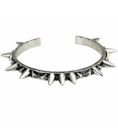 Chic Rivet Round Bracelet Silver